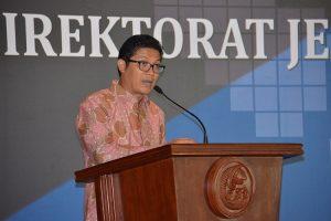 Ketua Umum Ikatan Sarjana Kelautan Indonesia Iskindo Zulficar Mochtar