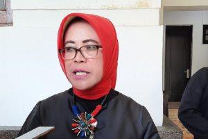 Kepala Disdagin Kota Bandung Eli Wasliah .