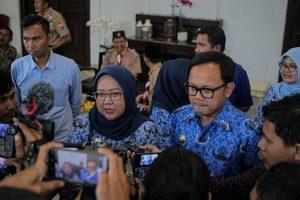 Wali Kota Bogor Bima Arya dan Bupati Bogor Ade Munawaroh Yasin