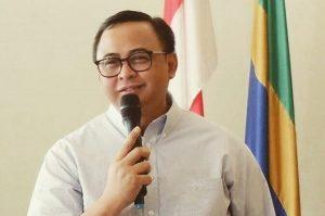 ekretaris Kementerian Koperasi dan UKM Prof. Dr. Rully Indrawan,