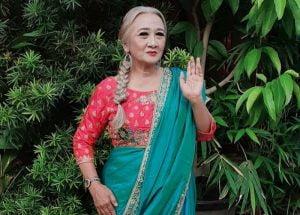 Artis Senior Yati Surachman Diberi Hadiah Rumah.