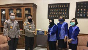 Dukung pemerintah Cegah Covid-19, Inez Kosmetik Serahkan Bantuan Hand Sanitizer ke Mabes Polri