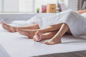 Jumlah Ideal untuk Pasutri Berhubungan Seks