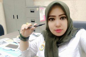 Indah Indri Hapsari,,