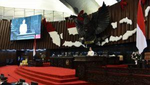 Paripurna DPR Terima Proyeksi Ekonomi Makro dan Kebijakan Fiskal RAPBN 2021.